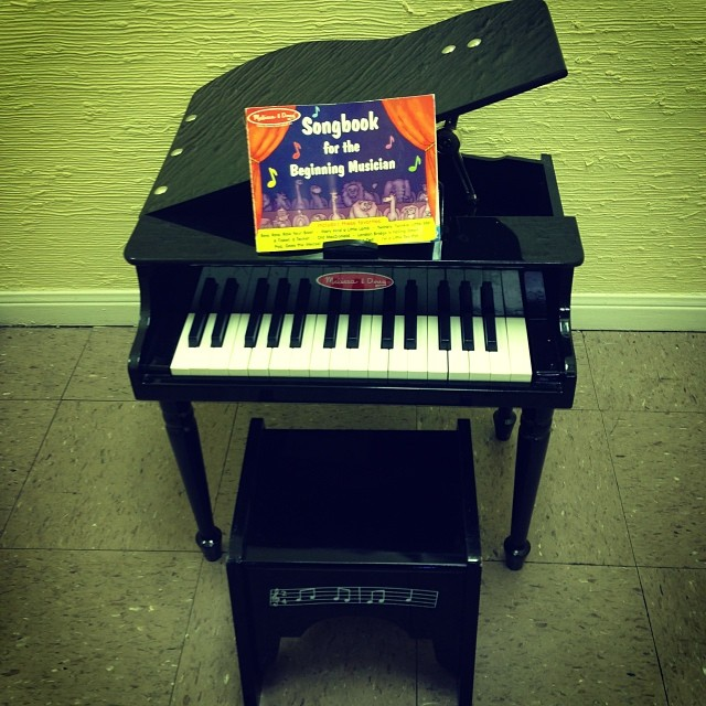 Melissa & Doug Baby Grand Piano-$54.50! #melissa&dougtoys #woodtoys #musicaltoys