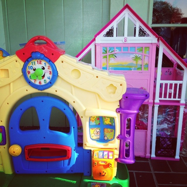 Smart Santas Shop at REfinery Kids! #christmasmoney #toys #batonrouge #barbie #fisherprice