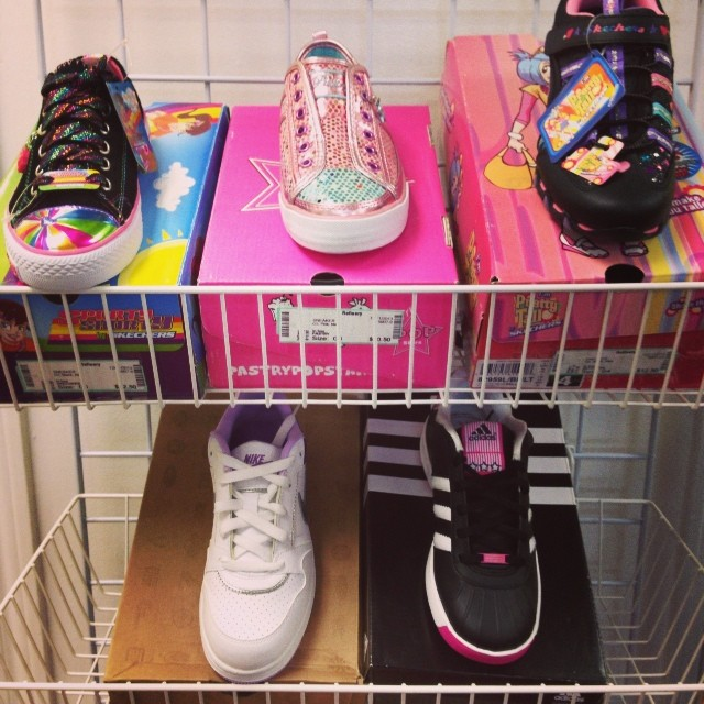 We are now paying $$ for ALL seasons of clothing & shoes! #225 #skechers #nike #adidas #kidsresale