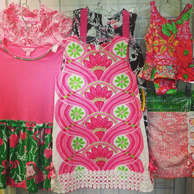 We Love Lilly Pulitzer! Last day of 25% off ALL Toys!#lillypulitzer#batonrougeboutique #225 #toysale #fisherprice #woodtoys #sellkidsstuff #cashforclothes #smocked