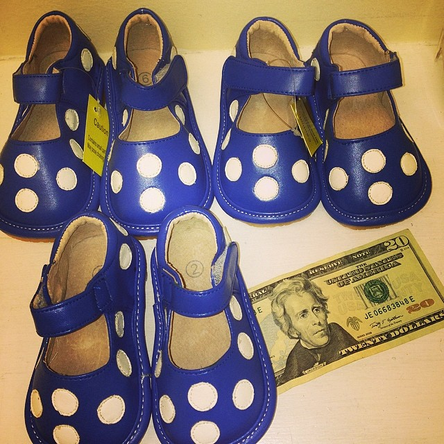We Pay You $$$ On The Spot Fir Your Shoes, Clothes, Baby Gear, & Toys!#sellbabystuff #sellkidsstuff #sellkidsclothes #cashforclothes #squeakershoes#225 #batonrougeresale #usedkidsclothes#batonrougeboutique