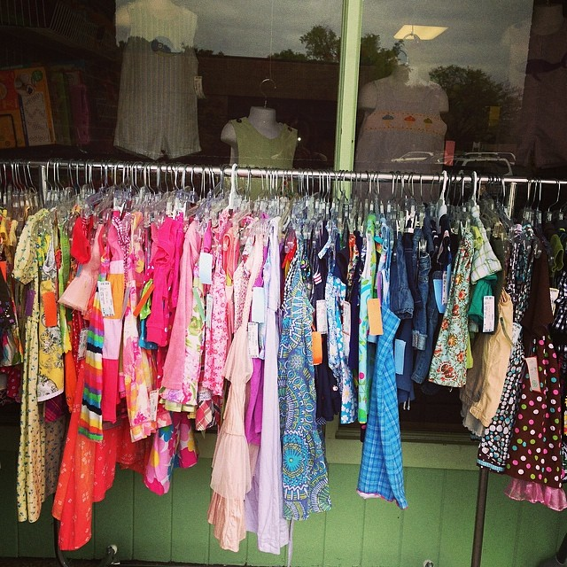 Hundreds Of Spring Items Just Added To Our 50% Off Racks! Prices Starting At $2.00!#cheapkidsclothes #springclearance#summerclearance#225 #batonrougeresale #batonrougeboutique