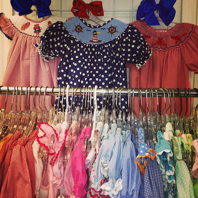 Smocked Clothing Arriving Daily! #smocked #anavini #batonrougeboutique #kellyskids #mom&me#vivelafete#ragsland #remembernguyen #sellbabystuff #sellkidsclothes #225 #resale