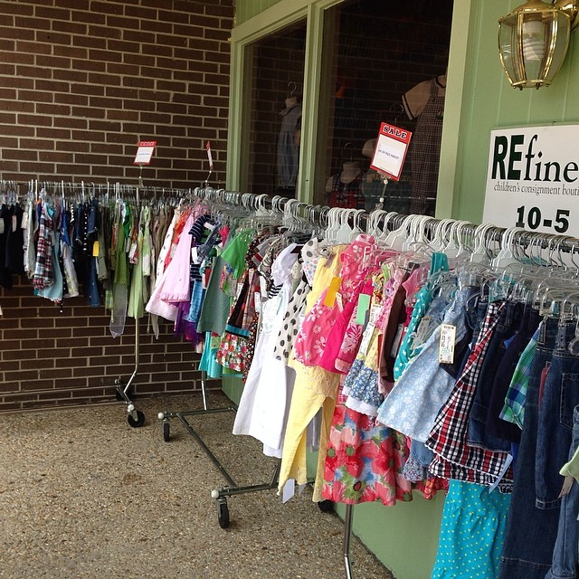 Summer Sidewalk Sale! 50% Off Hundreds Of Items-Prices Starting At $1.50!#summerclearance #cheapkidsclothes#batonrougeresale #cashforclothes #batonrougeboutique #sidewalksale