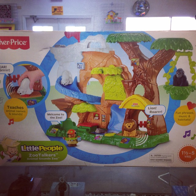 Brand new Little People Animal Sounds Zoo, retails for $90, our price is only $39.99! Shop REfinery Kids & Save!!#refinerykids #littlepeople#fisherprice #225 #batonrouge