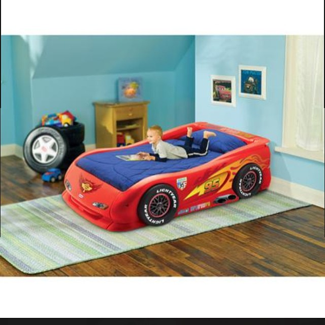 Have a Disney Cars fan? He'll love this twin bed, only $79.99 at REfinery Kids!#disneycars #lightningmcqueen #refinerykids #225 #batonrouge