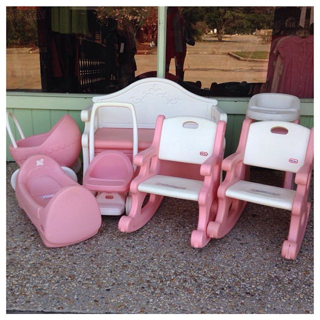 Any little girl would love these Little Tikes accessories!#littletikes #refinerykids #batonrouge #225
