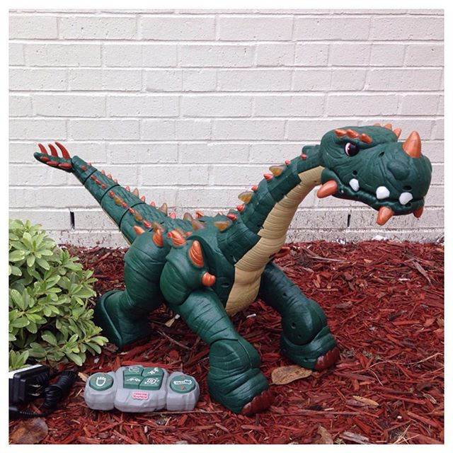 "Your little dinosaur fan will love this Fisher Price Spike the Ultra Dinosaur oversized remote control toy! He's 30"" long, 17"" tall, & comes with a charger!#fisherprice #spiketheultradinosaur #imaginext #refinerykids #225 #batonrouge"