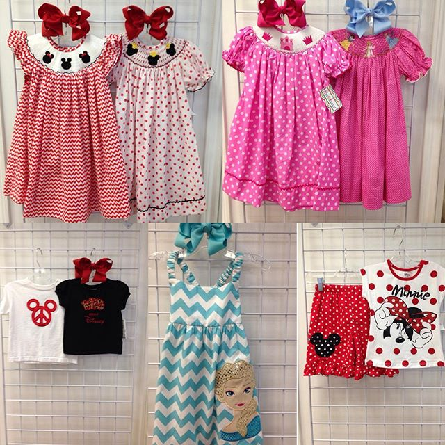Planning a Disney trip? You'll love these Disney outfits!#refinerykids #225 #batonrouge #disney #idratherbeatdisney